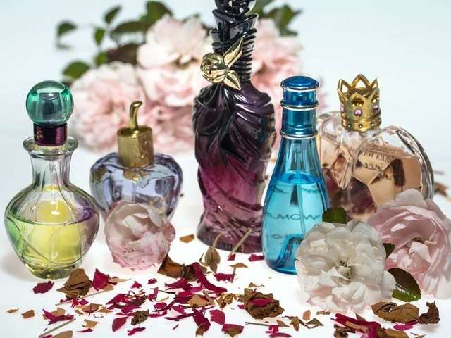 проверить годность парфюма