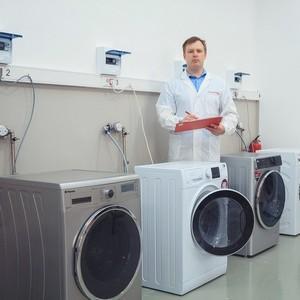 Возврат стиральной машины в магазин: можно ли вернуть обратно, как сдать в течение 14 дней и по гарантии, а также обмен на новую при ненадлежащем качестве