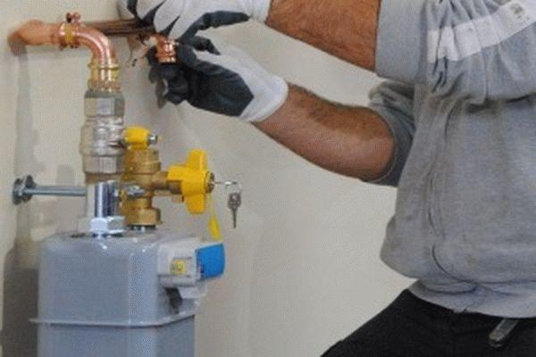 Замена газового счетчика и его ремонт в квартире и частном доме: платны ли они по правилам 2021, что делать, если прибор сломался, не показывает, цифры пропали?