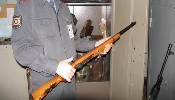 Обмен оружия: можно ли сдать охотничье ружьё или вернуть пневматический пистолет в магазин, и как осуществляется возврат?