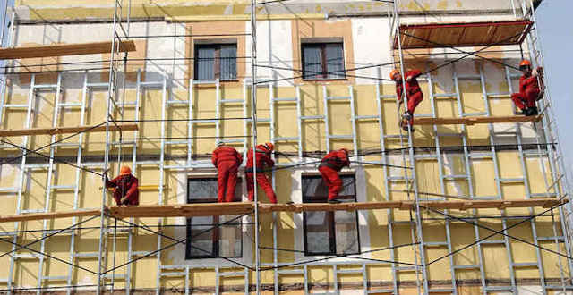 Как узнать по адресу, когда планируется капитальный ремонт дома: будет ли он в вашем многоквартирном здании, а также перечень включенных в программу объектов, график