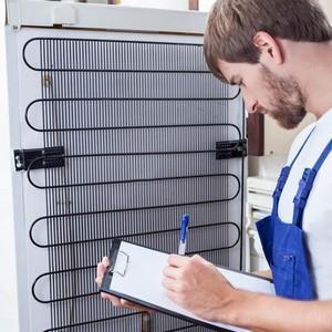 Срок службы холодильника: какое время эксплуатации по ГОСТу, в том числе техники от фирмы Индезит, Атлант, Бирюса и иных, как продлить период годности?